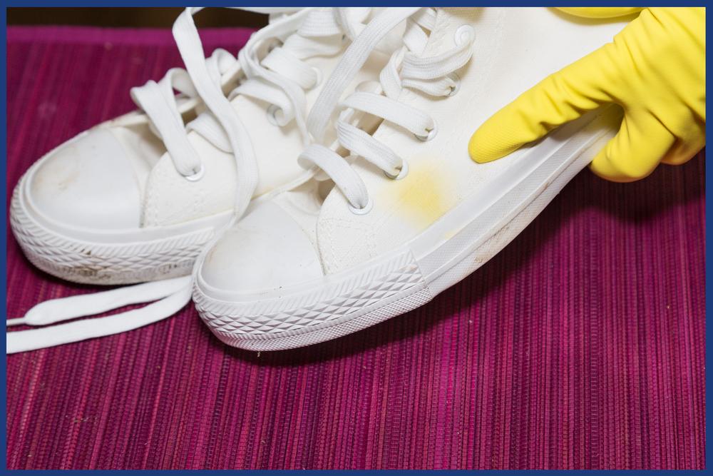 como tirar mofo de sapato de coro
